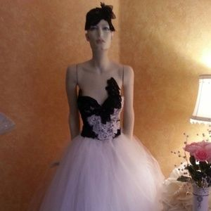White & Black Lace Corset Tulle Wedding Ballgown